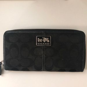 Coach Accordion/Checkbook wallet